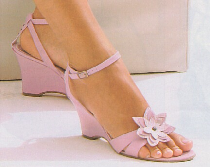 Pink_wedge-heeled_sandals