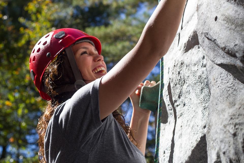 climbing-525768_960_720