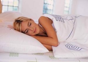 почему человек дергается когда засыпает