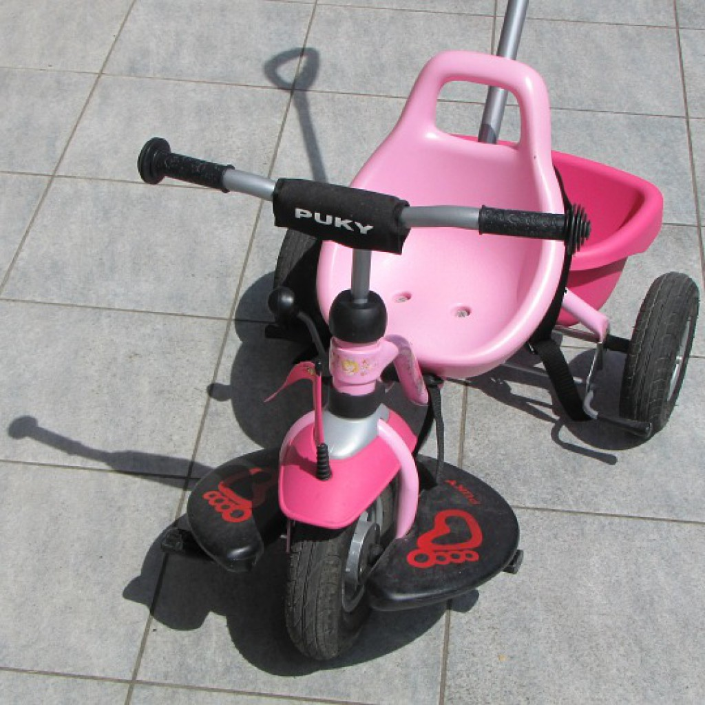 tricycle-375280_960_720